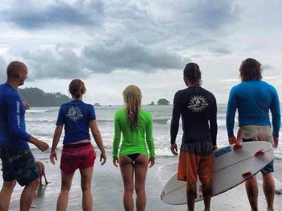 Sunset Surf Dominical - Day Lessons: Dominical`