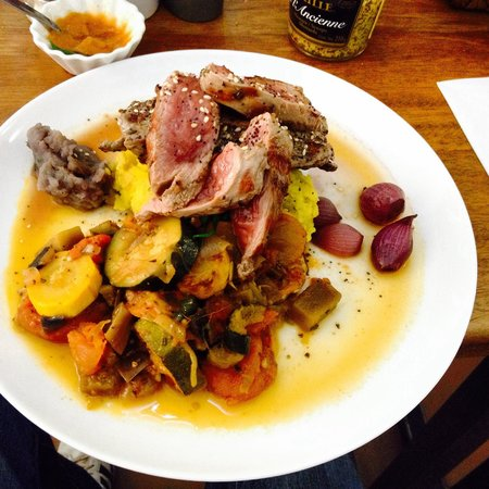 Sant Just: Young lamb with fresh veggies and mashed potatoes. Beyond excellent! 15,000cop