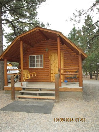 Williams / Circle Pines KOA Campground: front of cabin
