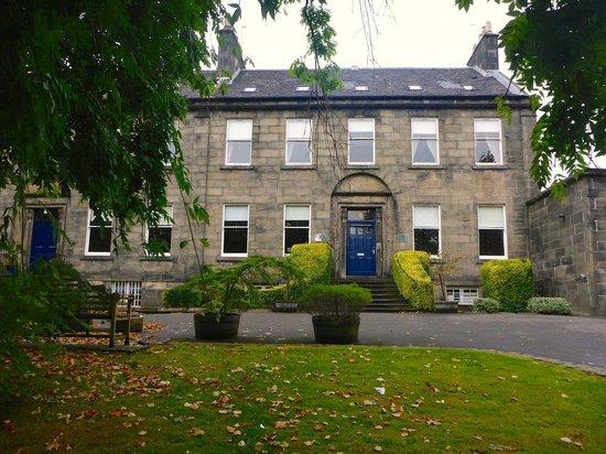Ashtree House Hotel: Entrance