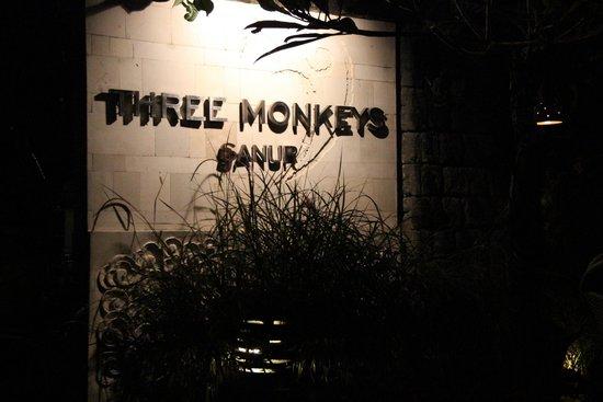 Three Monkeys Sanur: no monkeys here