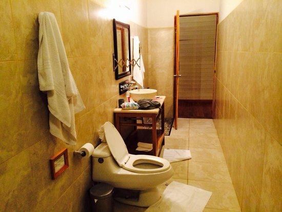 Hotel Moana : Baño junior suite