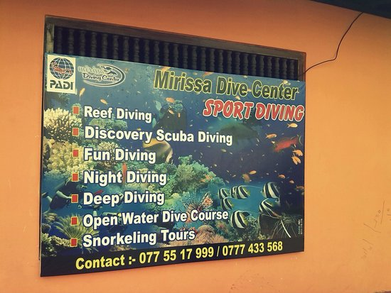 ‪Mirissa Dive Center‬