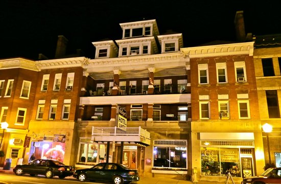 Gunter Hotel: Street view