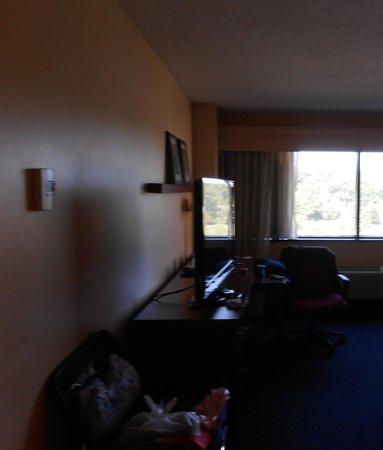 Courtyard Arlington Rosslyn: Room