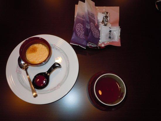 Hotel Mori no Kaze Ousyuku: ウエルカムデザート