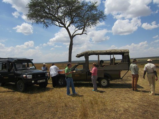 Mara Siria Camp : Packed Lunch auf der Safari