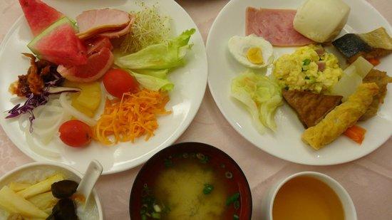 Marshal Hotel : Breakfast