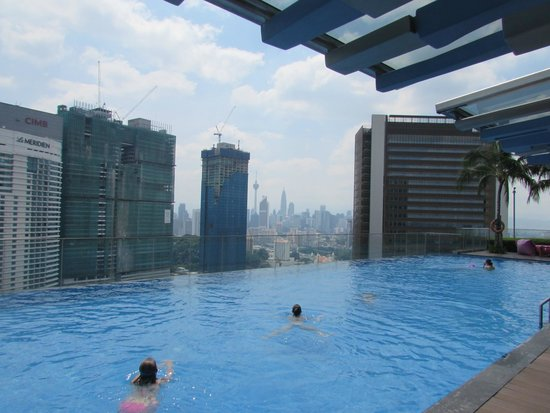 Roof top pool picture of aloft kuala lumpur sentral - Rooftop swimming pool kuala lumpur ...