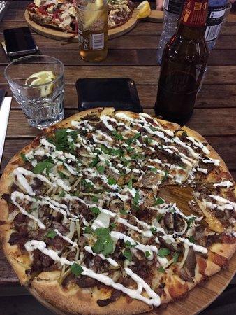 Crisp Pizza & Expresso
