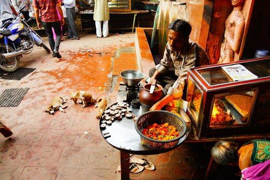 Agra Walks: 2