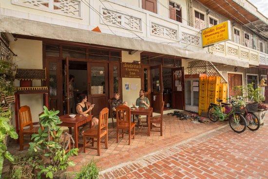 Khammany Inn