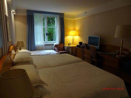 Sheraton Salzburg: room