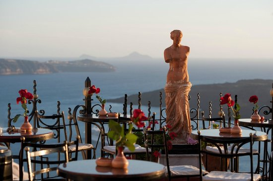 Fira, Greece: Aphrodite.