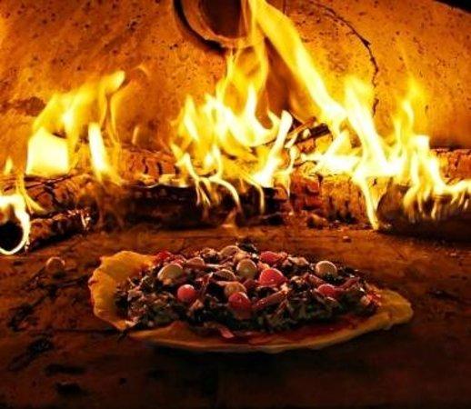 Pizzeria la Vecchia Locanda: Forno a legna