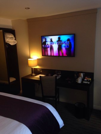 Tv in bedroom - Picture of Premier Inn Liverpool City Centre ...