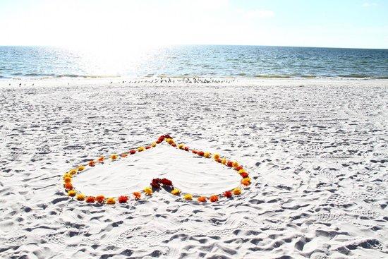 The Ritz-Carlton, Naples: Flower heart setup on the private beach