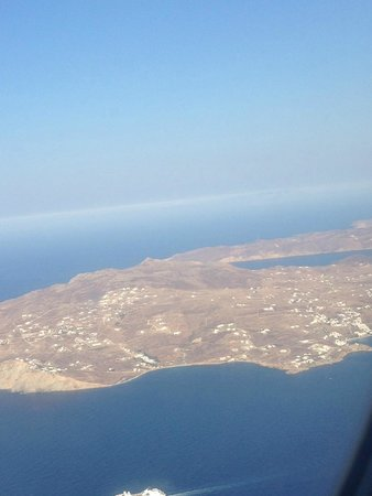 Mykonos Palace Beach Hotel: Mykonos from the plane
