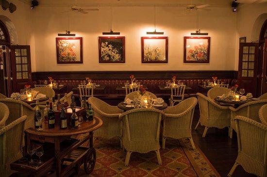 Royal Bar & Hotel Restaurant: Restaurant