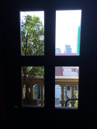 Anise Hotel: Little Balcony - very quaint