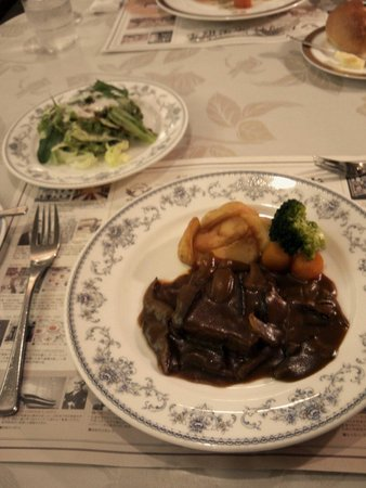 Gotoken Restaurant Yukikawatei: メインの牛タンシチューです。