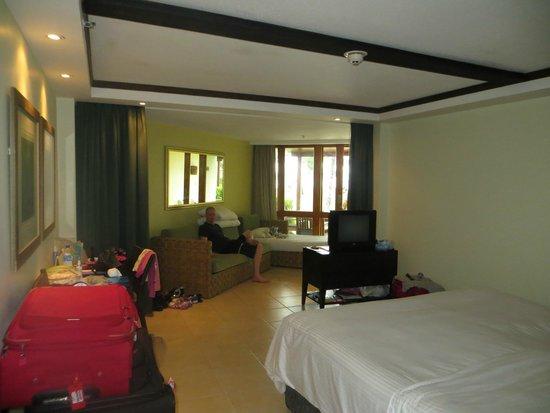 Yanuca Island, Fiyi: Superior Lagoon Family room