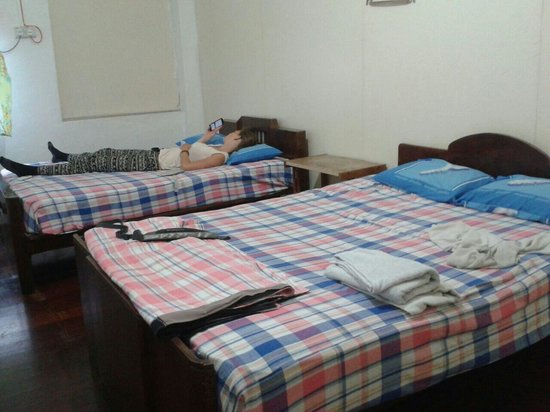 Hang Chow Hotel: Double room