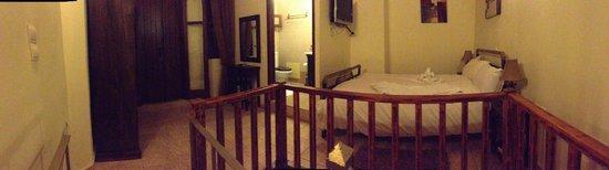Odos Oneiron: 2nd floor with bedroom, bath and door to big terrace