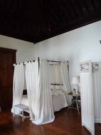 Isla Baja Suites: le lit à baldaquin