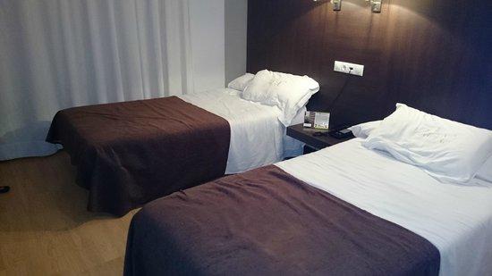 Hotel Mendez Nunez: Havbitacion triple niño