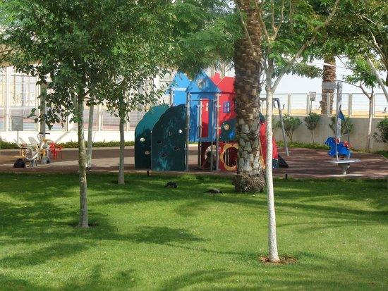 Lot Spa Hotel: Детская площадка