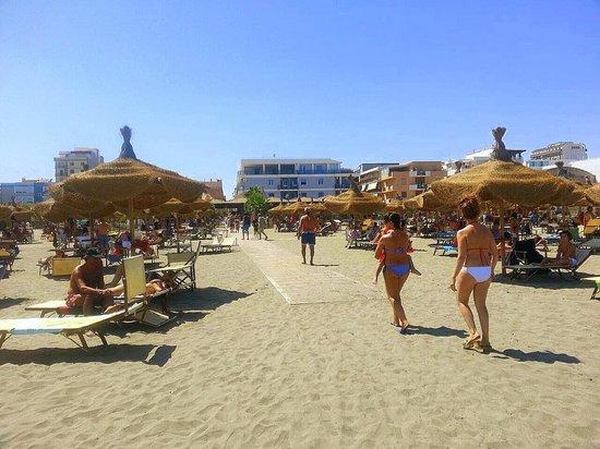 Matrimonio Spiaggia Margherita Di Savoia : Spiaggia di margherita savoia foto