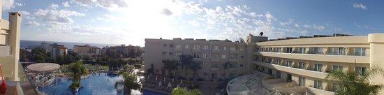 Brilliant Hotel Apartments: Hotel