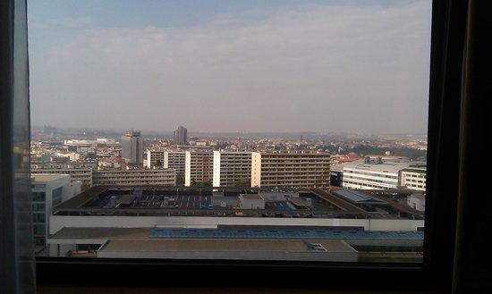 Panorama Hotel Prague : The sunny side