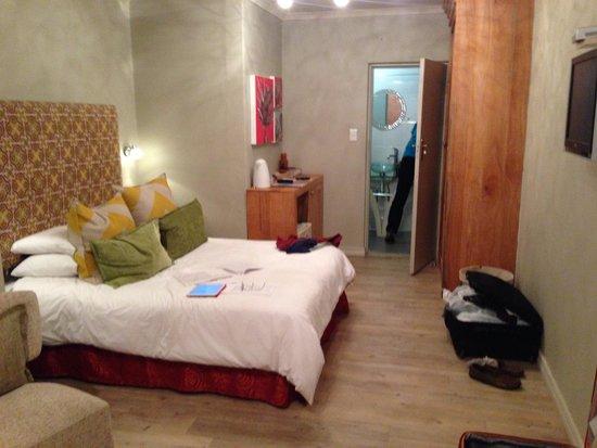 La Roca Guest House: Our room
