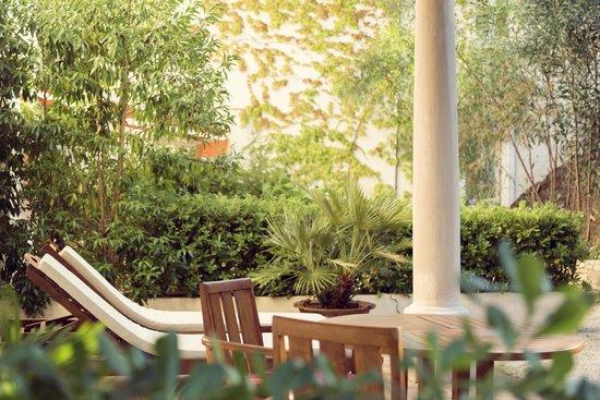 Hotel La Fuente De La Higuera: Terraces of Standard Rooms