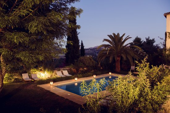 Hotel La Fuente De La Higuera: Early Evening