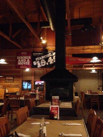Montana's BBQ & Bar: Part of the inside