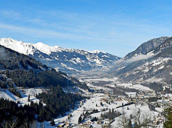 Helenenburg Hotel & Spa: Ausblick ins Tal