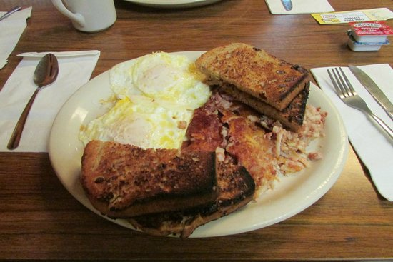 Sue S Country Kitchen Eggs And Cornedbeef Hash