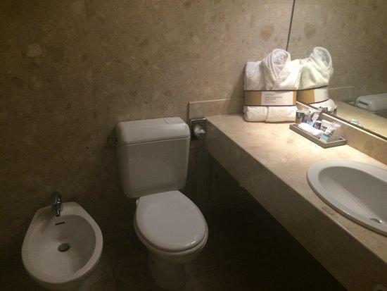 Mercure Paris Velizy Hotel: Bathroom
