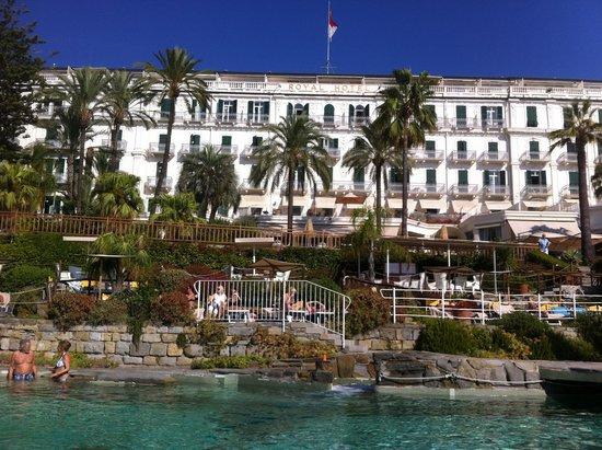 Royal Hotel Sanremo: Фасад отеля