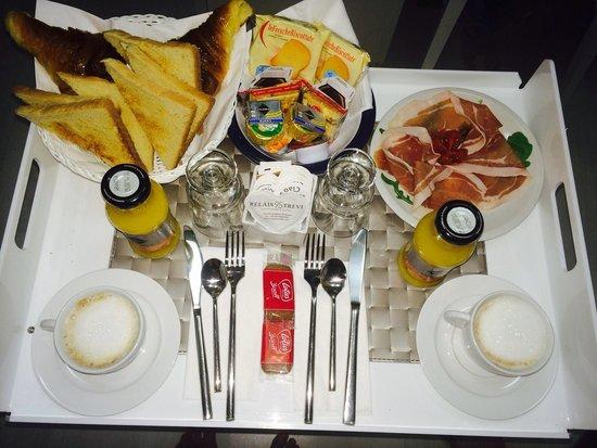 Relais Trevi 95 Boutique Hotel : Breakfast
