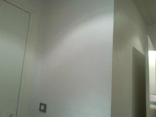 Hotel La Residence: empty walls