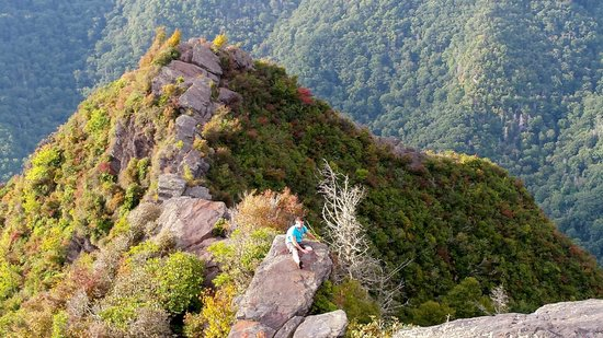 Chimney Tops : path to the 2nd chimney