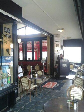 Remo's Villaggio : Entrance