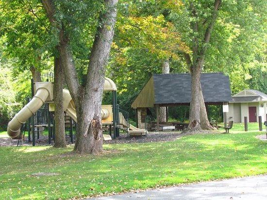 Fort Hunter Mansion and Park : Play area, picnic and restrooms