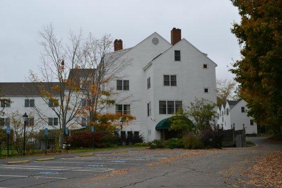 Harraseeket Inn : Rear of the hotel