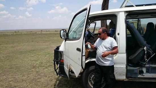 Dream Kenya Safaris: מיניבוס ספארי מיוחד
