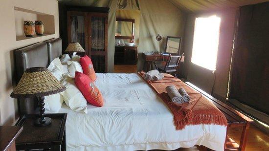 Buffelsdrift Game Lodge: Our Tent